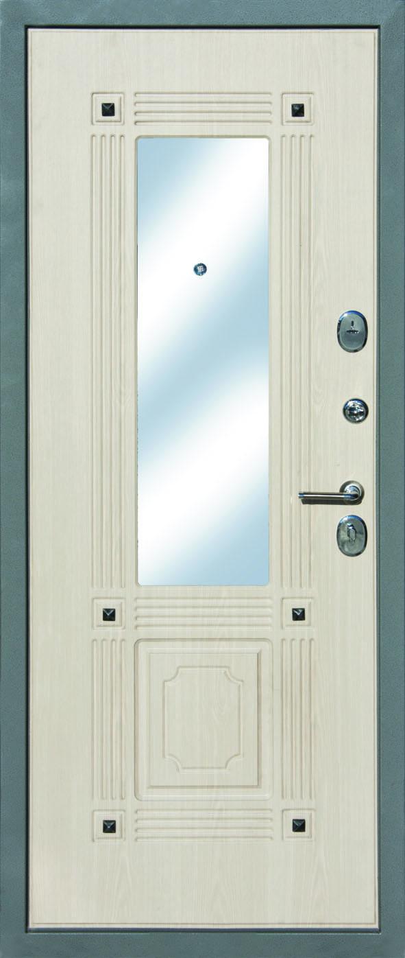 металлическая дверь с зеркальной внутренней стороной